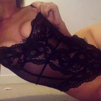 bedfordshire escort CARLY